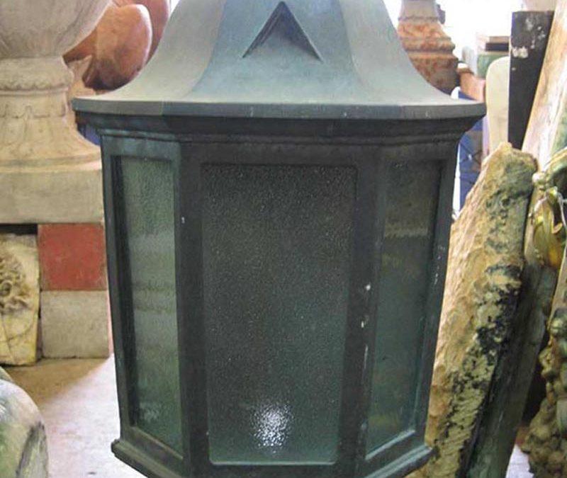 Half vent light