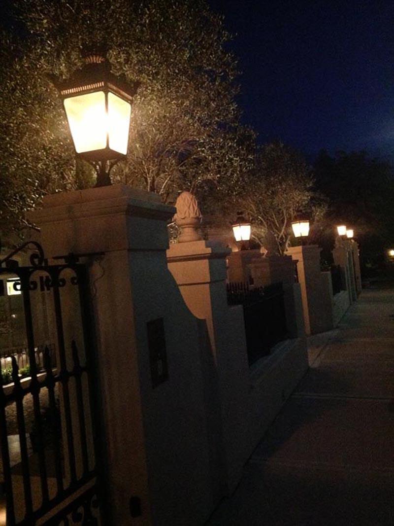 PARISIAN WALL AND POST MOUNT STREET LIGHT (5)