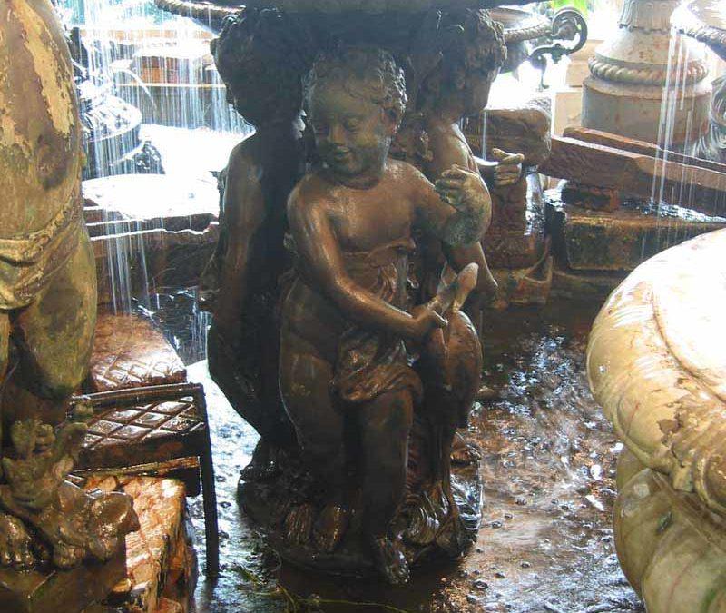 Three cherubs fountain